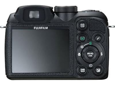 Fuji S1000FD: חצי מקצועית קומפקטית