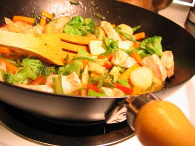 לבישול בסגנון סיני מומלץ לבחור גוף חימום בעל הספק גבוה במיוחד