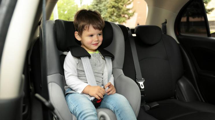 איך לבחור מושב בטיחות לרכב