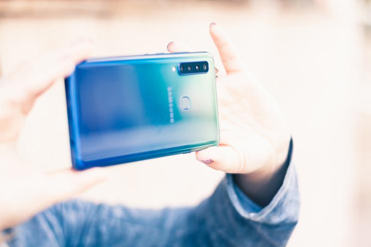 טלפון סלולרי Samsung Galaxy A9 (2018) SM-A920F 128GB 6GB RAM