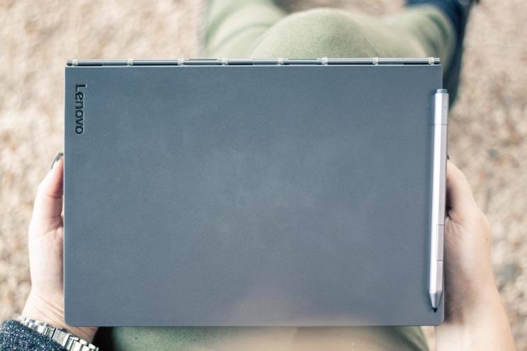 Lenovo Yoga C930: הטאבלט שרצה להיות הכי