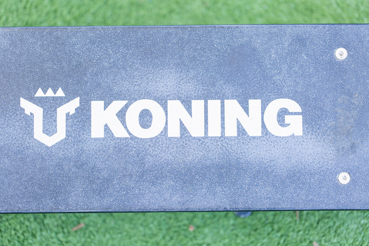 Koning IMAX: נוח וחזק