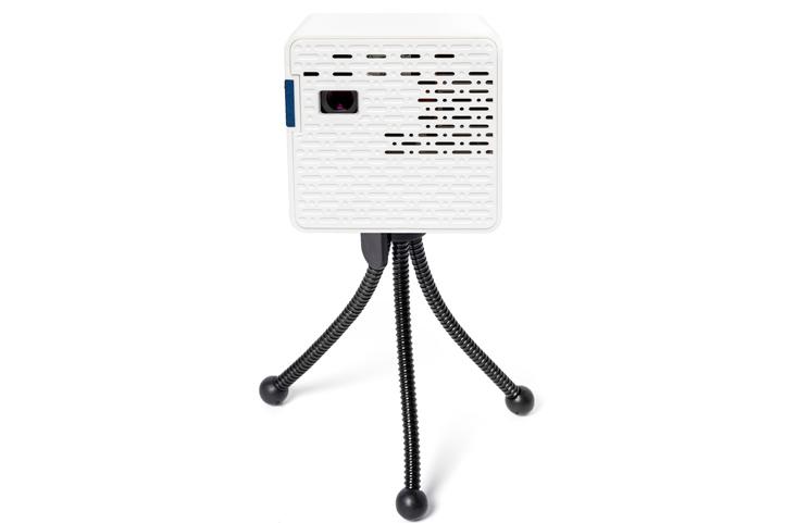 AAXA PicoProjector HD: נייד וחשוך
