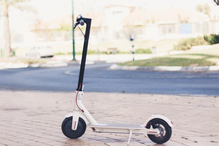 Xiaomi Mi Scooter: להתנייד בכיף בעיר