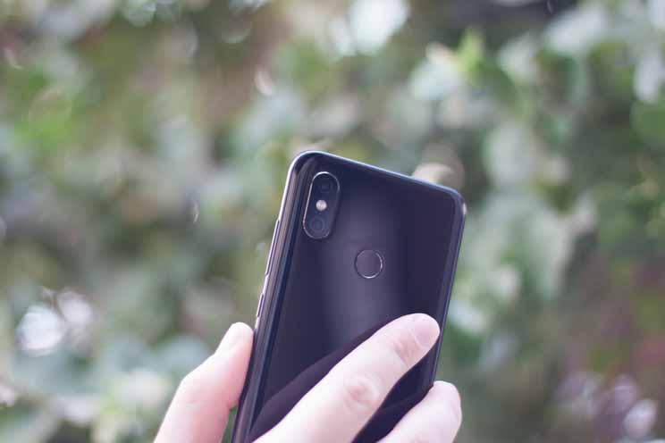 טלפון סלולרי Xiaomi Mi 8 64GB