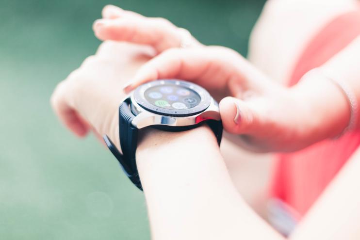 שעון חכם Samsung Galaxy Watch SM-R800