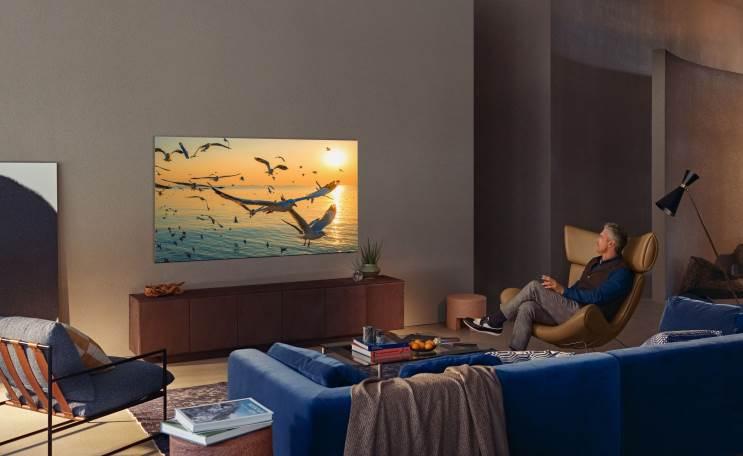 דיווח: סמסונג שוקלת לרכוש מ-LG צגי OLED