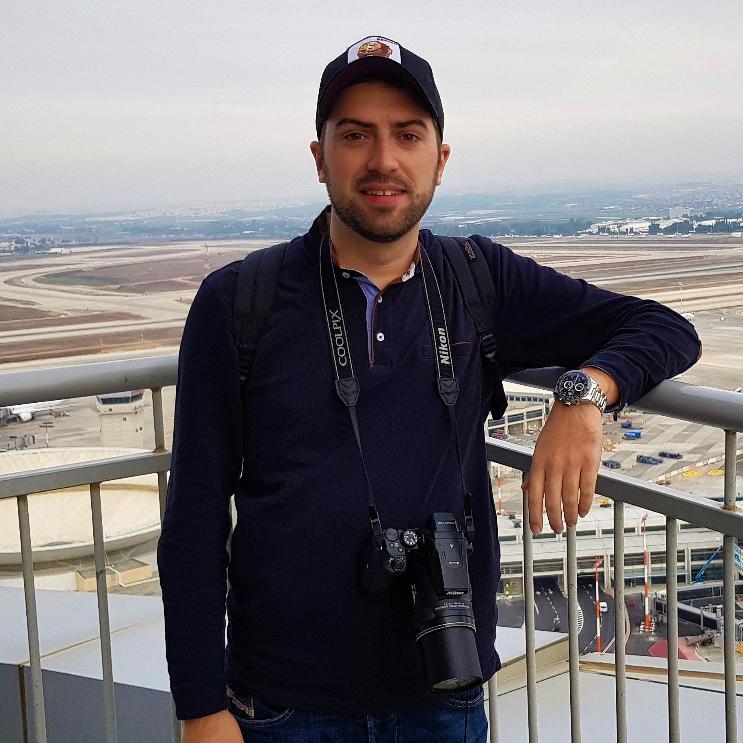 תום רוזנשטרום - כתב חדשות וסוקר מקצועי