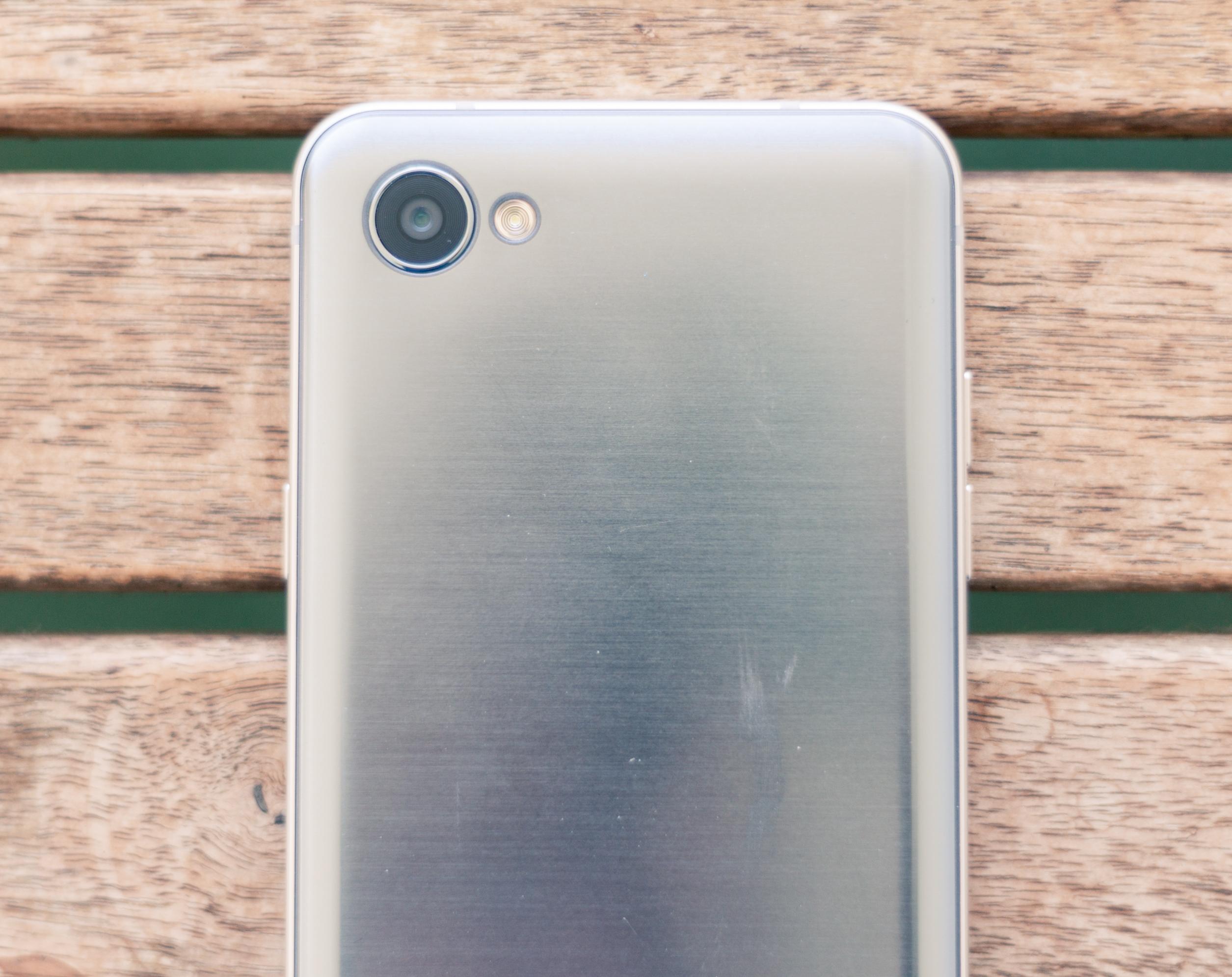 טוב מאוד איזה סמארטפון כדאי לקנות עד אלף שקל? - WiseBuy LI-74