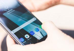 סמסונג עשויה להשיק גרסה צנועה למכשיר הדגל שלה שתכונה Galaxy S9 Mini
