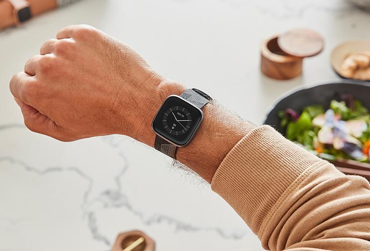 גוגל רוכשת את Fitbit בתמורה ל-2.1 מילארד דולר