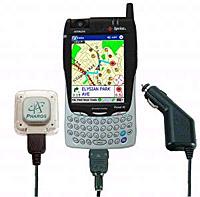 במחשבי כף יד משולבי סלולר ניתן להשתמש באוזנייה או בדיבורית bt לרכב, וכן לצורך חיבור אנטנת gps