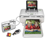 חיבור pictbridge וחריץ לכרטיס זיכרון לטיפול בתמונות ישירות מהמדפסת