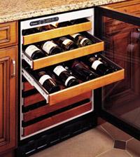 יש מקררי גומחה (built in) המיועדים להשתלב בארונות המטבח או בסביבה דומה אחרת